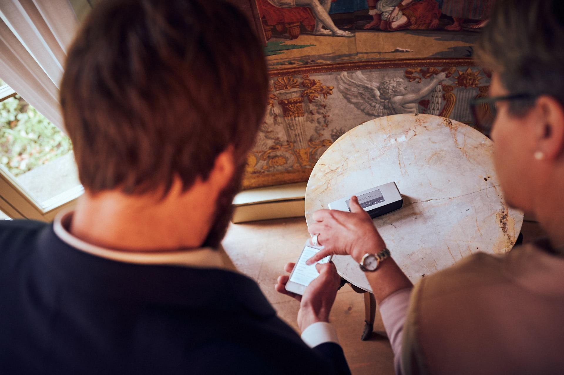 Bräutigam sucht Musik aus