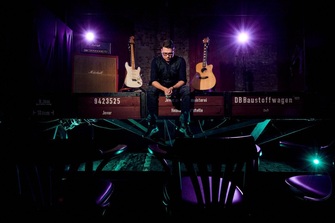 Sebastian Schmalz Guitarist / Lokschuppen, Jever 13